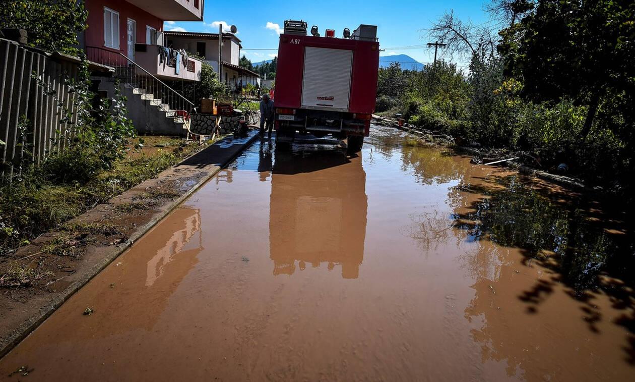 Η κακοκαιρία έφερε προβλήματα: Πλημμύρες, καταστροφές, κατολισθήσεις και κλειστοί δρόμοι