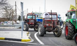 Μπλόκα αγροτών: Κλιμακώνουν τις κινητοποιήσεις οι αγρότες - Πότε κλείνουν τις σήραγγες των Τεμπών