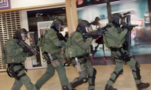 Συναγερμός στο Άμστερνταμ: Καταιγισμός πυροβολισμών στην κεντρική τράπεζα της Ολλανδίας (Pics+Vid)