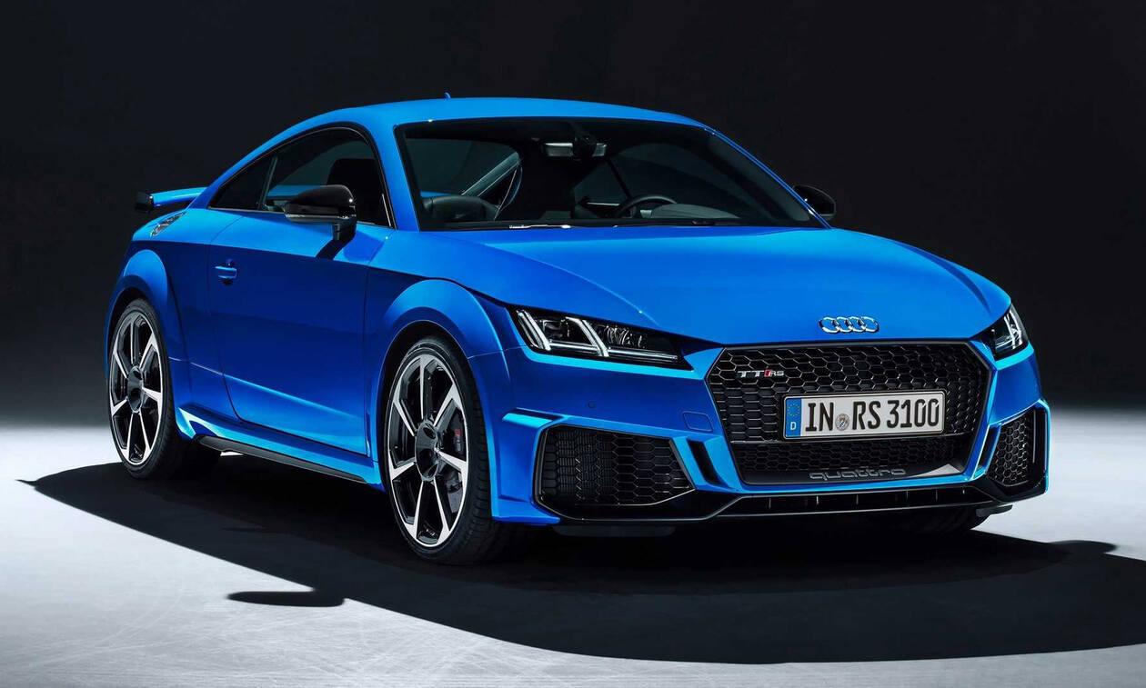Nέο Audi TT RS: Αισθητικό φρεσκάρισμα με τον ίδιο κινητήρα των 400 ίππων