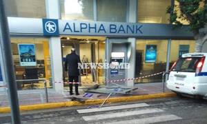 Θρασύτατη ληστεία στα Μέγαρα: Φόρτωσαν ATM σε αυτοκίνητο και εξαφανίστηκαν (pics)