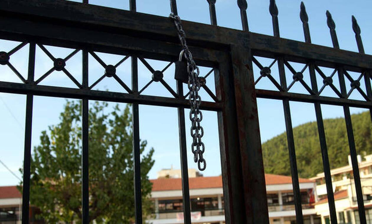 Κατάληψη στην Καλαμαριά: Μήνυση κατά παντός υπευθύνου κατέθεσαν οι γονείς του 12χρονου μαθητή