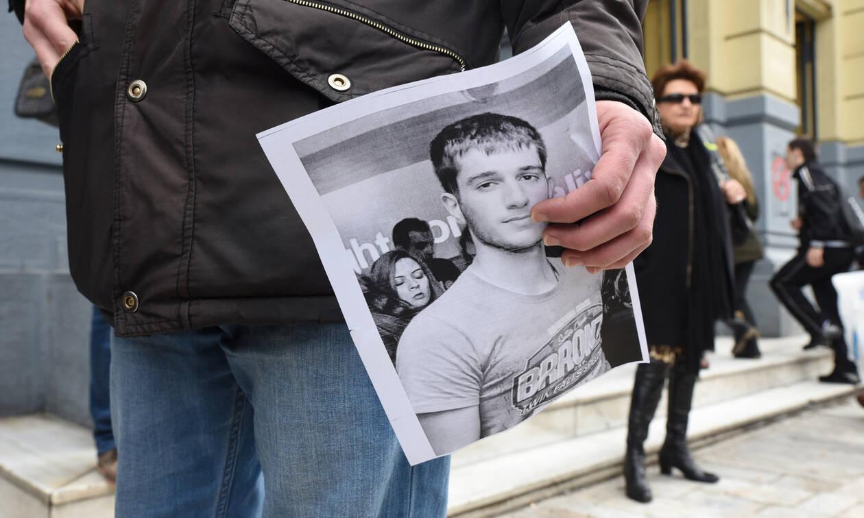 Δίκη Γιακουμάκη: Ξέσπασε σε κλάματα ο πατέρας του Βαγγέλη - Γιατί αναβλήθηκε η διαδικασία (pics&vid)