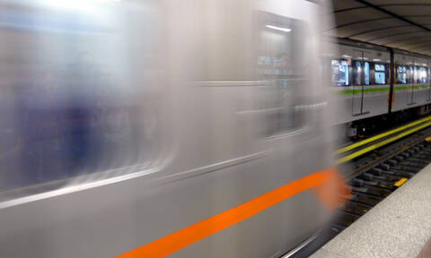 Πτώση ατόμου στις γραμμές του Μετρό στην Ομόνοια