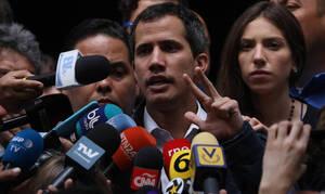 Βενεζουέλα: Ο Γκουαϊδό δεν αποκλείει στρατιωτική επέμβαση των ΗΠΑ, εάν είναι απαραίτητη