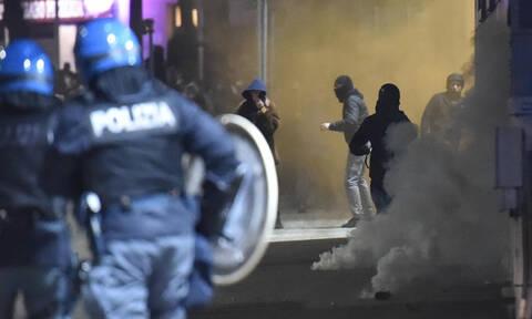 Άγριες συγκρούσεις στο Τορίνο: Τραυματίες, πανικός και προσαγωγές (pics)