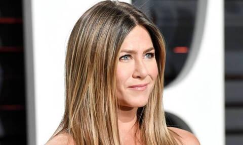 Jennifer Aniston: Δεν θα πιστέψεις με τίποτα ποιος πήγε στο πάρτι γενεθλίων της (photos)