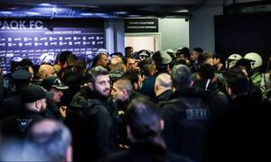 ΠΑΟΚ – Ολυμπιακός LIVE: «Ερυθρόλευκη» καταγγελία για χούλιγκαν στα αποδυτήρια (vid)