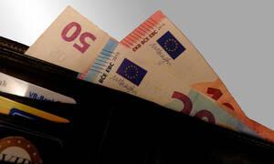 Εφιαλτικό σενάριο Handelsblatt για «κούρεμα» καταθέσεων στις ελληνικές τράπεζες