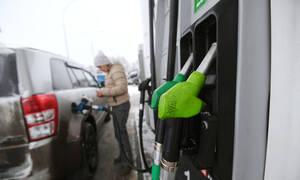 Названы регионы с самым доступным бензином