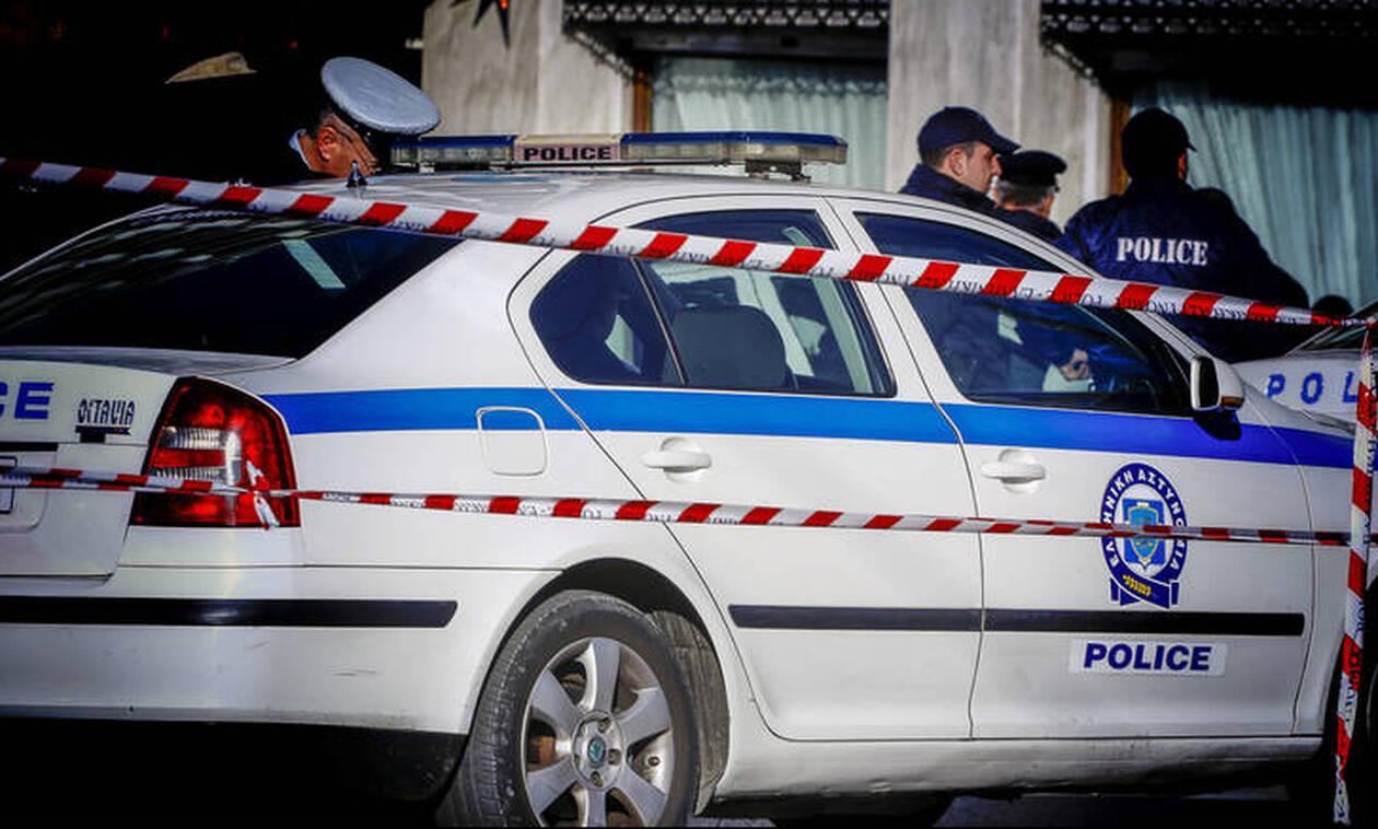 Συναγερμός στην ΕΛ.ΑΣ. - Τηλεφώνημα για βόμβα σε τράπεζα στο Σύνταγμα