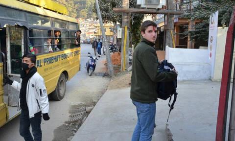 Μόνο περηφάνια! Ανατριχιάζει το 15χρονο Ελληνόπουλο που ταξίδεψε στο Νεπάλ!