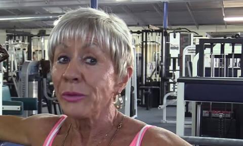 Γνωρίστε την 75χρονη που έγινε πρωταθλήτρια body builder! (vid)
