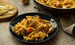 Η συνταγή της ημέρας: Βίδες Con Pollo