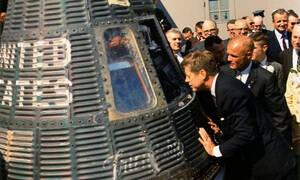 Αποκάλυψη – Σοκ: Ο Τζον Κέννεντι αποκάλυψε την ύπαρξη εξωγήινων και για αυτό δολοφονήθηκε (Pics+Vid)
