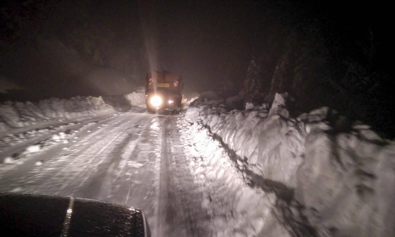 Καιρός LIVE: Σε πλήρη εξέλιξη η κακοκαιρία «Χιόνη» - Ποιες περιοχές επηρεάζει