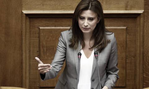 Συναγερμός στον ΣΥΡΙΖΑ: Εκτός γραμμής ψήφισε η Κασιμάτη στη Συνταγματική Αναθεώρηση