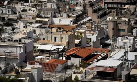 «Κλείδωσε» η συμφωνία Κυβέρνησης - τραπεζών: Προστατεύεται η α' κατοικία έως 250.000 ευρώ