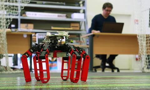 Το πρώτο ρομπότ που κινείται χωρίς GPS, αλλά με μια ουράνια πυξίδα