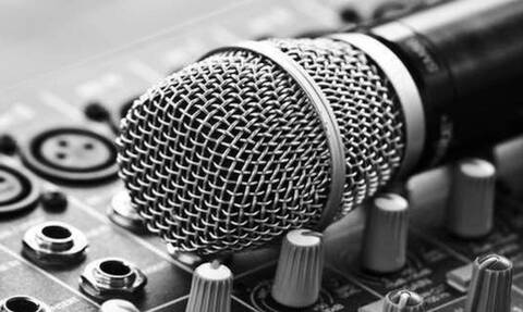 ΣΟΚ: Πασίγνωστος τραγουδιστής κατηγορείται από 7 γυναίκες για σεξουαλική επίθεση