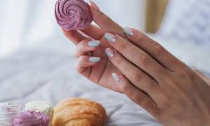 Πώς θα στεγνώσεις γρήγορα το μανό κι ακόμα 11 μυστικά για τα νύχια