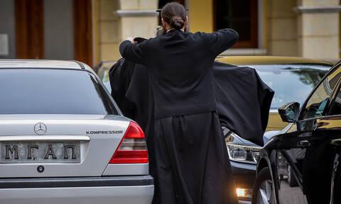 Τύρναβος: Ο ιερέας απέσπασε από την εκκλησία 140.000 ευρώ, πέταξε τα ράσα και έφυγε για εξωτερικό