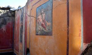 Πομπηία: Νέα εκπληκτική τοιχογραφία στο «φως» (pics)