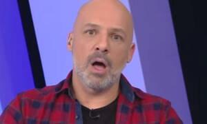 Έξαλλος ο Μουτσινάς - Χαμός στο Open: Δείτε τι συνέβη