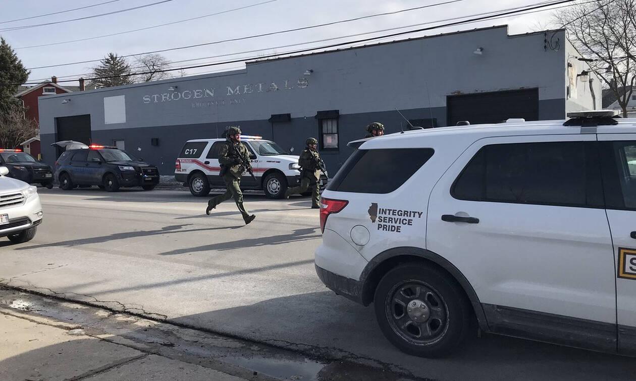 Συναγερμός στις ΗΠΑ: Ένοπλη επίθεση στο Ιλινόι - Πολλοί τραυματίες (Vid)