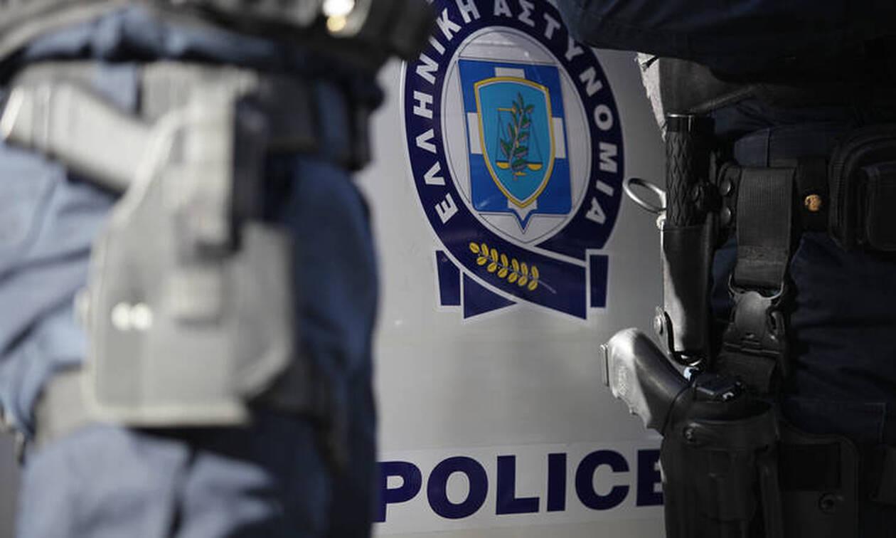 Στη φυλακή αστυνομικός για υπεξαίρεση - «μαμούθ» 400.000 ευρώ