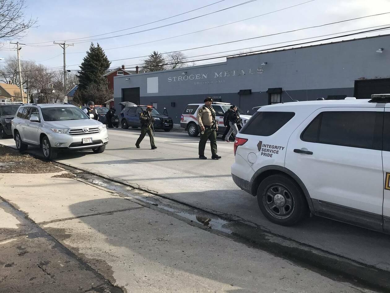 ΗΠΑ: Τουλάχιστον ένας νεκρός από την ένοπλη επίθεση στην Ορόρα του Ιλινόις (pics&vid)