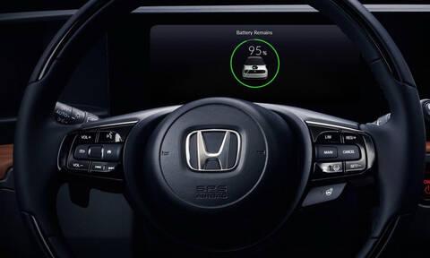 Το εντυπωσιακό high tech ταμπλό του πρώτου ηλεκτρικού Urban EV της Honda