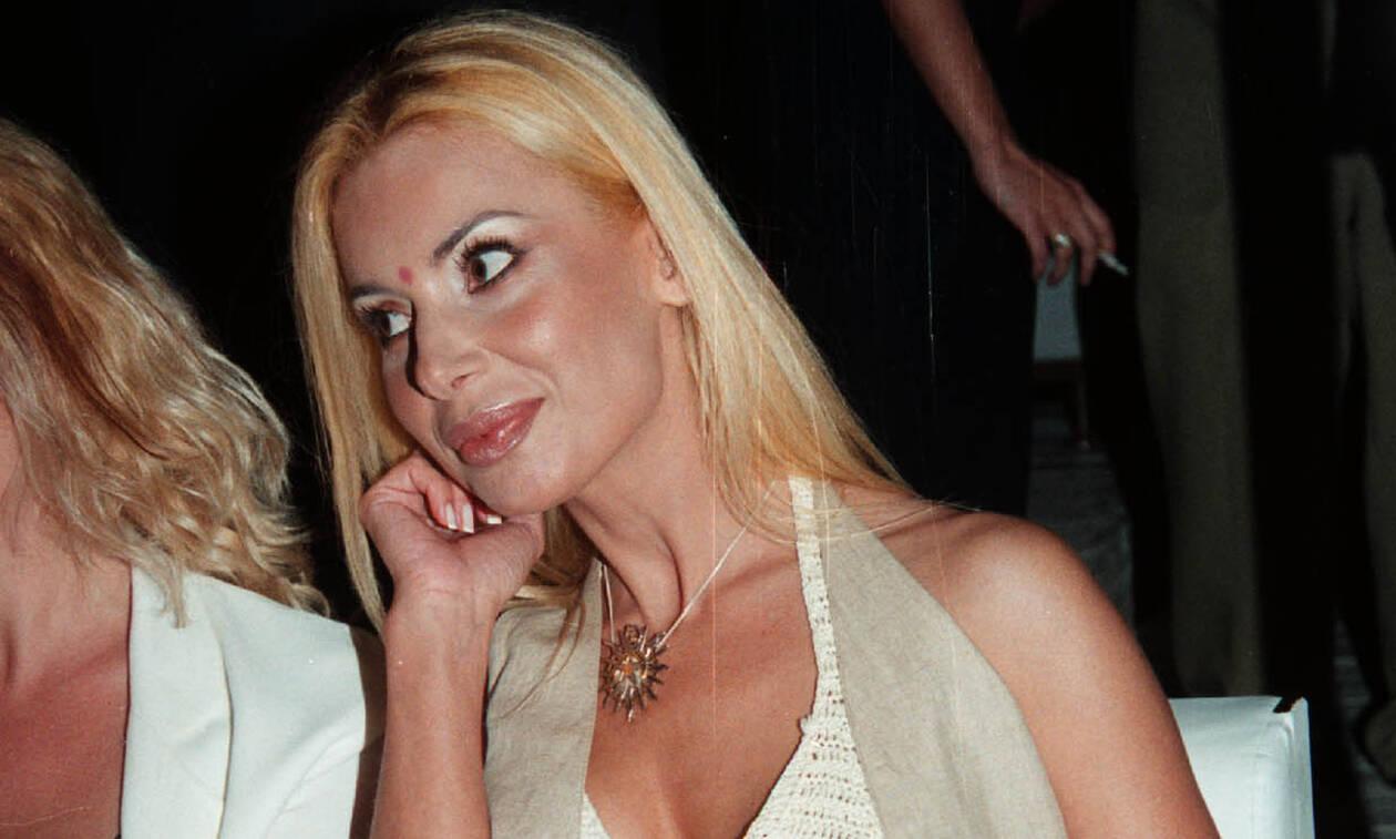 Τζούλια Μπάρκα: Συγκλονίζει η ηθοποιός - «Δίνω μάχη με τον καρκίνο»