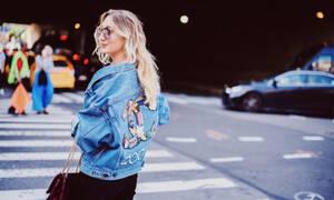 Oversized denim jackets: 15 τρόποι για να τα φορέσεις