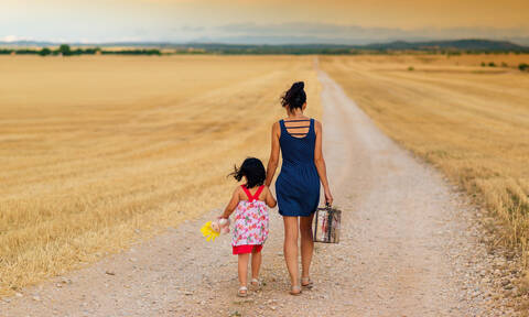 Μυστήριο στη Λαμία! Η περίεργη υπόθεση με την Ελληνίδα με… κόρη από την Αλβανία