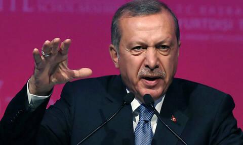 Ξεκίνησε νέο πογκρόμ συλλήψεων ο Ερντογάν: Συνέλαβε εκατοντάδες πολίτες γιατί ήθελαν να διαδηλώσουν