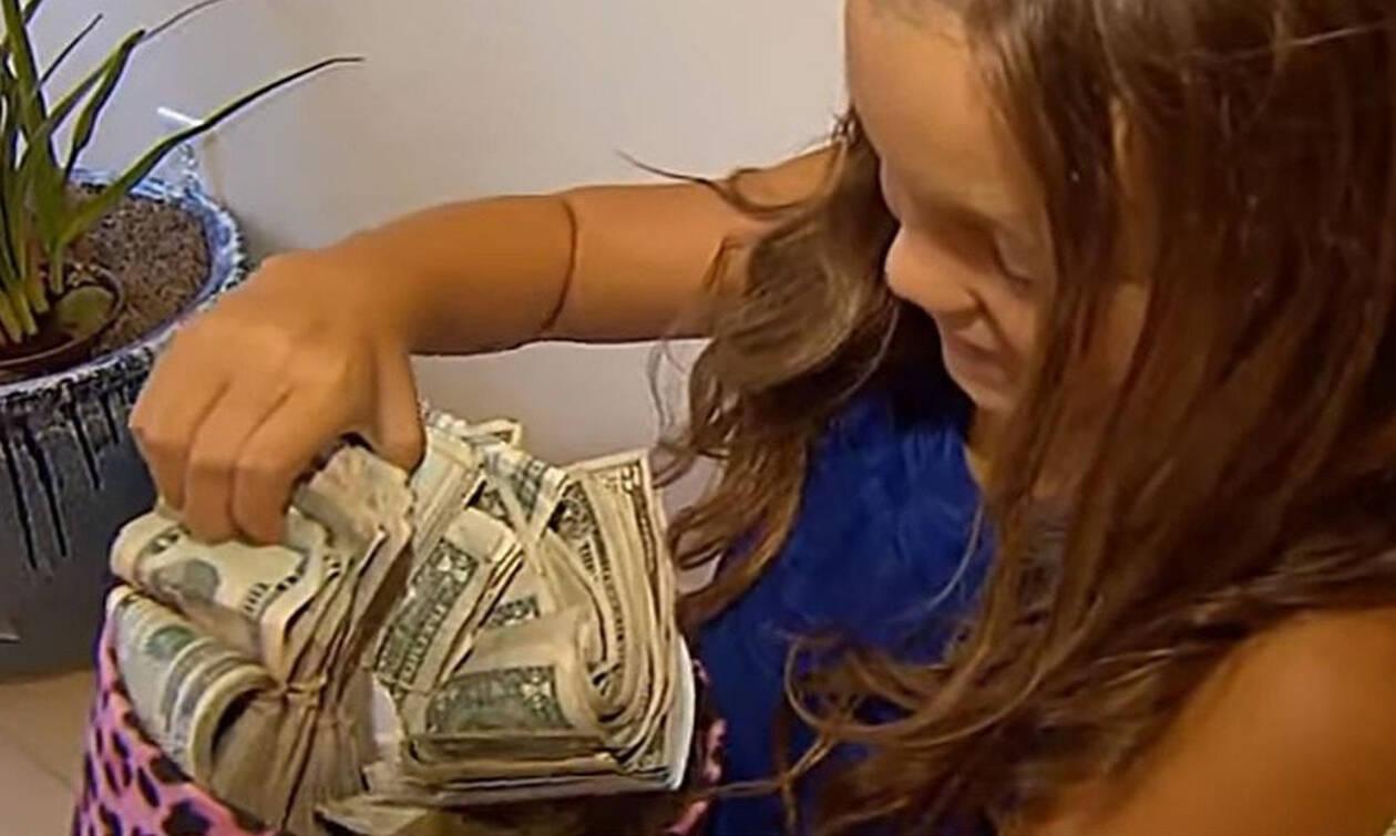 Η 8χρονη που μάζεψε 60.000 δολάρια και έγινε viral (video)