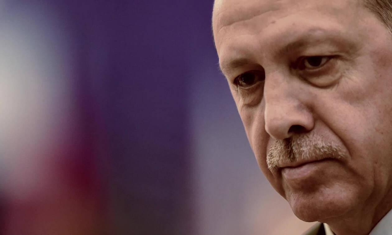 Δραματική έκκληση των Κούρδων: «Μη μας αφήνετε μόνους με τον Ερντογάν»