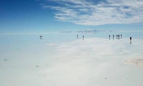 Η μεγαλύτερη έρημος αλατιού στον πλανήτη... πλημμυρισμένη (video)