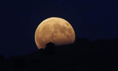 Πανσέληνος Φεβρουαρίου 2019: Σήμερα (19/2) η δεύτερη «χιονισμένη» Υπερ-Σελήνη