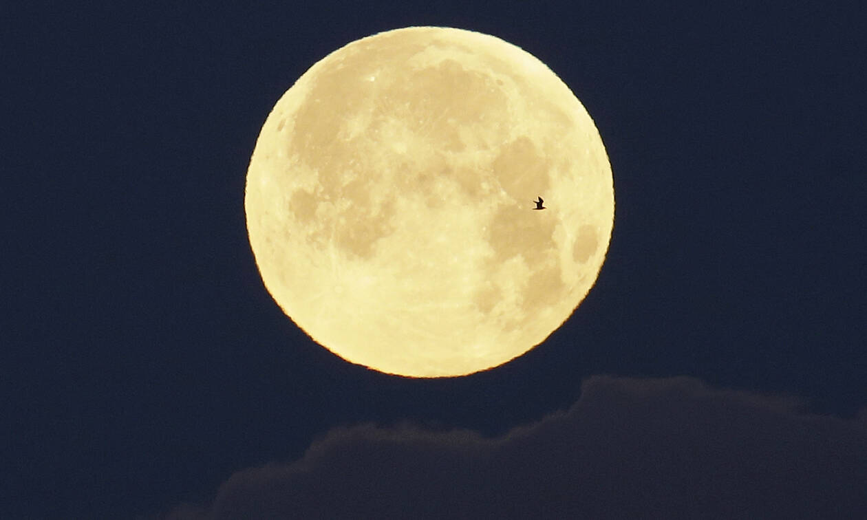 «Σούπερ χιονισμένη σελήνη»: Δείτε σήμερα το μοναδικό υπερθέαμα