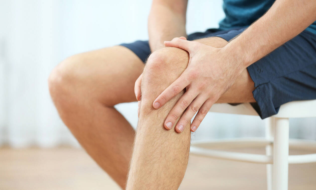 Πόνοι στα γόνατα: 5 τρόποι να τους μειώσετε (pics)