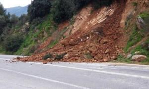 Κατολισθήσεις στην Εθνική Οδό της Κρήτης (pics+vid)
