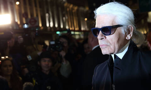 Karl Lagerfeld: Ποιος ήταν ο διάσημος σχεδιαστής μόδας