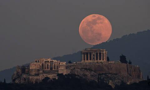 Υπερπανσέληνος 2019: «Καθήλωσε» όλον τον πλανήτη η «σούπερ χιονισμένη σελήνη» - Δείτε φωτογραφίες
