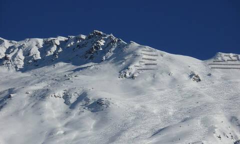 Συναγερμός στην Ελβετία: Χιονοστιβάδα παρέσυρε πολλούς ανθρώπους (vid)