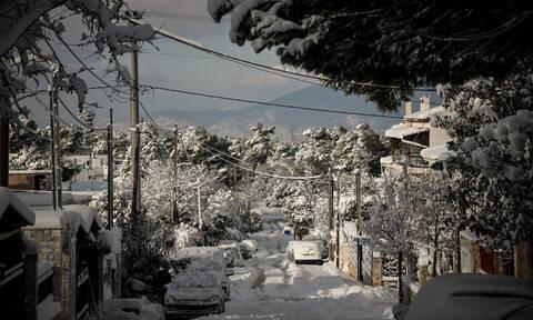 Καιρός: Προ των πυλών «ιστορική» κακοκαιρία - Ο χιονιάς θα «σαρώσει» και την Αθήνα