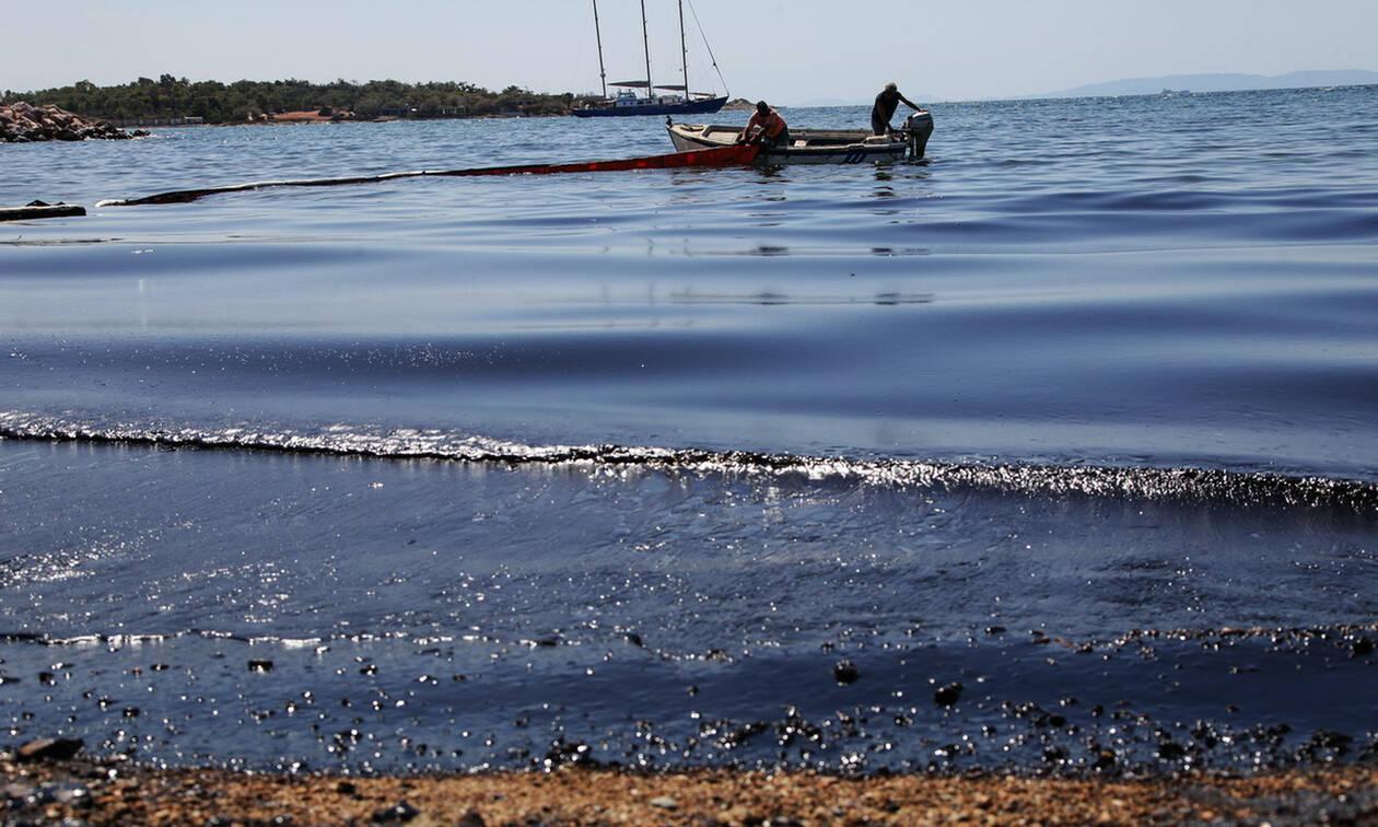 Θερμαϊκός: Θαλάσσια ρύπανση στη θάλασσα των Νέων Επιβατών