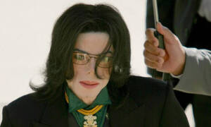 «Παιδόφιλος ο Μάικλ Τζάκσον»: Σοκάρει το πρώτο τρέιλερ του ντοκιμαντέρ  (vid)