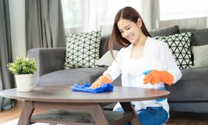 Ούτε που φαντάζεστε πώς θα καθαρίσετε γρήγορα το σπίτι (vid)